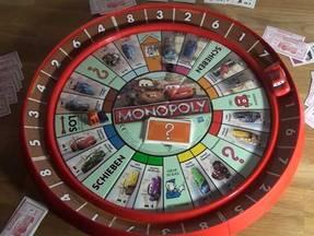 Monopoly Cars - runder Spielplan