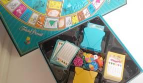 Trivial Pusuit - Box mit Spielinhalt von oben